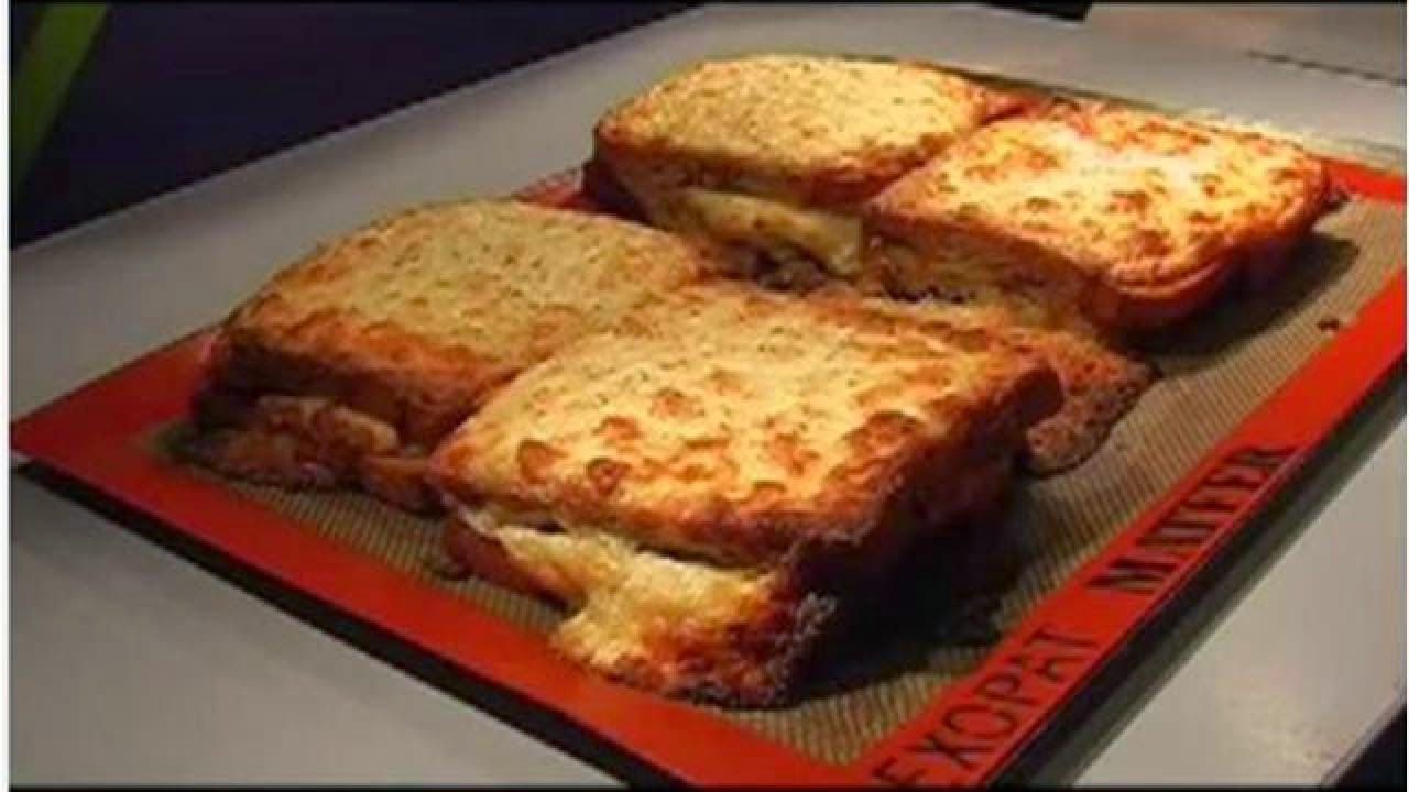 I learn french croaked monsieur - Croque monsieur au four moelleux ...
