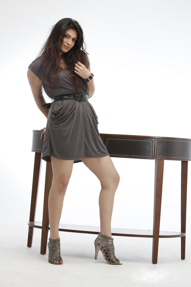 Siya Goutham - Hot Siya Goutham Latest PhotoShoot Pics