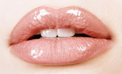 Ways to Make Your Lips Appear Fuller