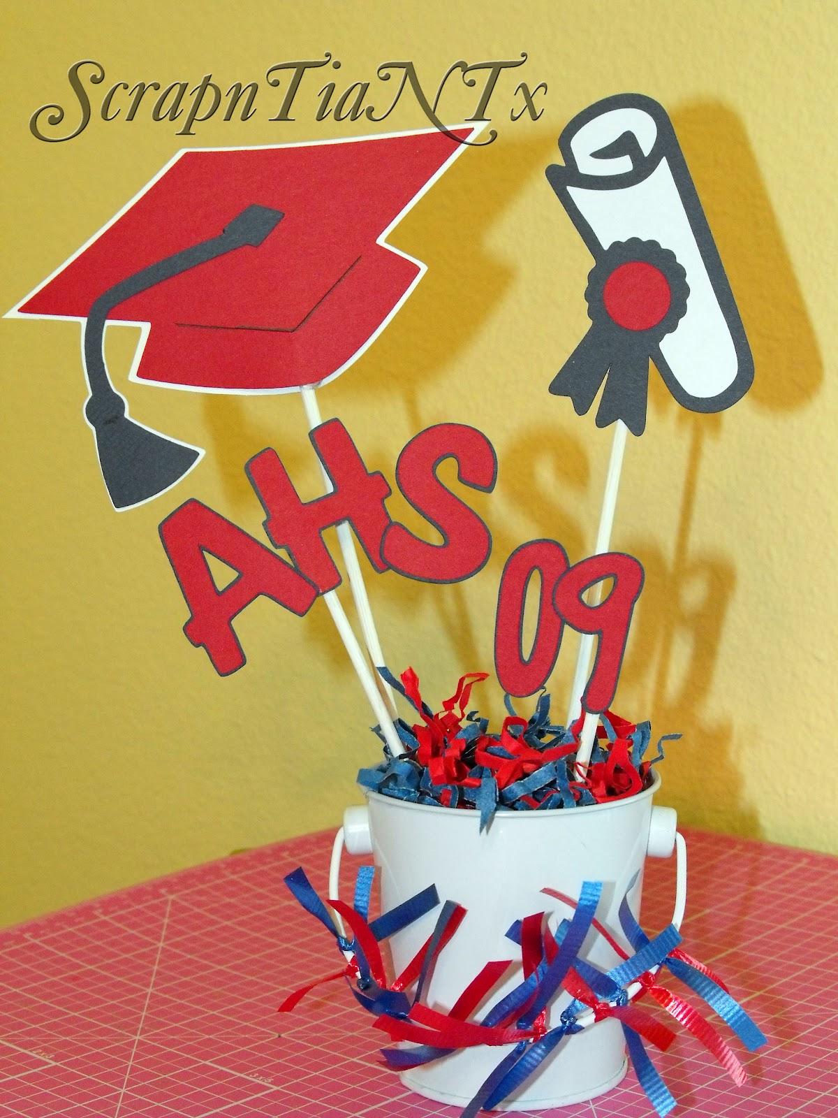 A ScrapN Tia N Tx: Graduation Centerpieces