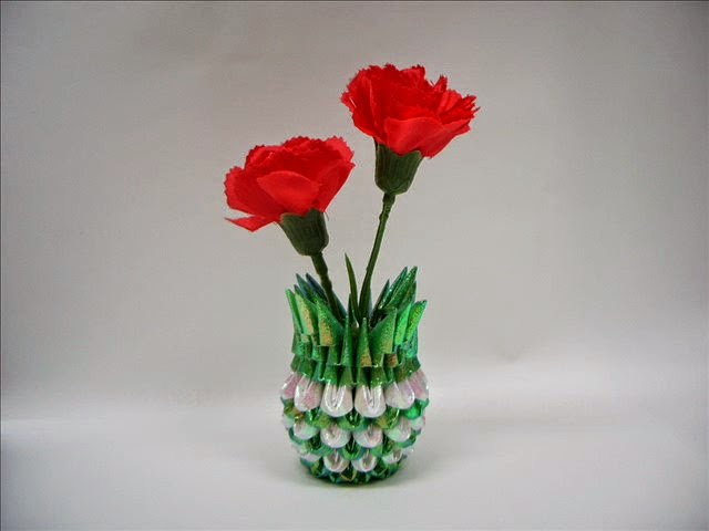 Origami flower vase craft ideas and art projects origami flower vase mightylinksfo