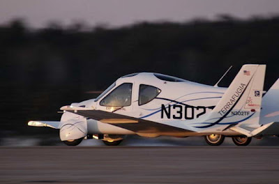 terrafugia flyng car