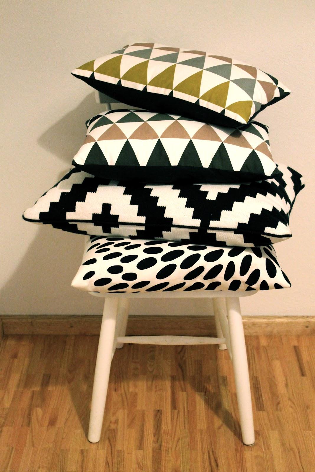 britta bloggt kleine liebeserkl rung an schwarz wei und grafische muster. Black Bedroom Furniture Sets. Home Design Ideas