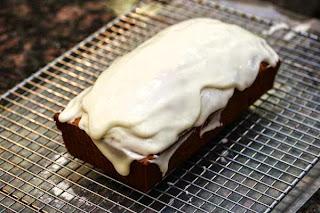 frosting-on-pound-cake