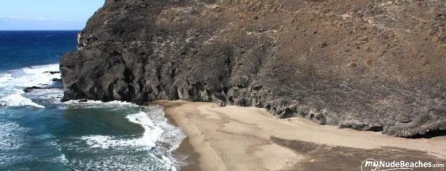 Playa nudista Cala del Príncipe (Cabo de Gata, Almería, Andalucía, España)