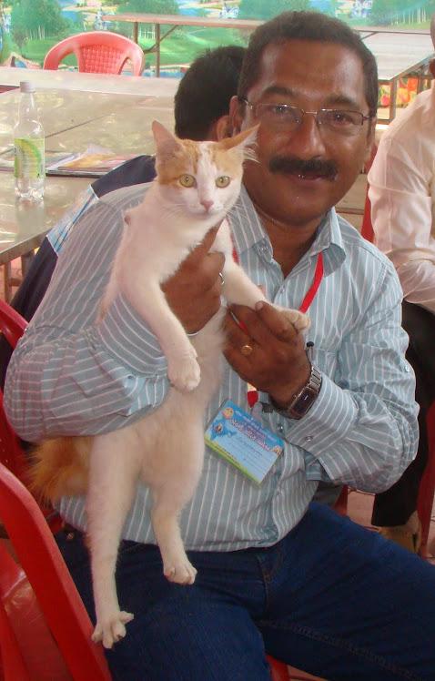 AT ALL INDIA 20TH KONKANI SAHITYA SAMMELAN AT SADISHIVGADH, KARWAR 2011