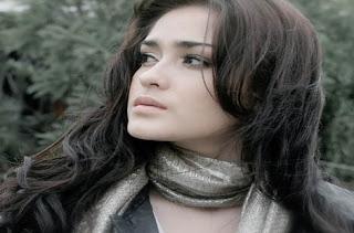 Yasmine Wildblood photo