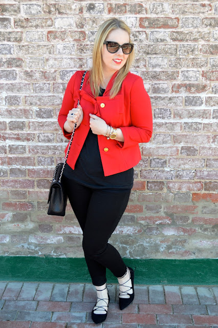 red-jacket-outfit-ideas