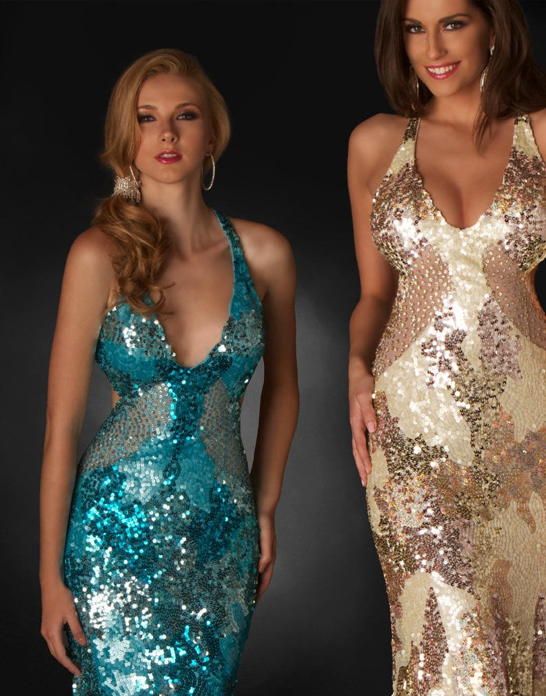 këtu kemi dy modele të fustanave për raste solemne këto janë