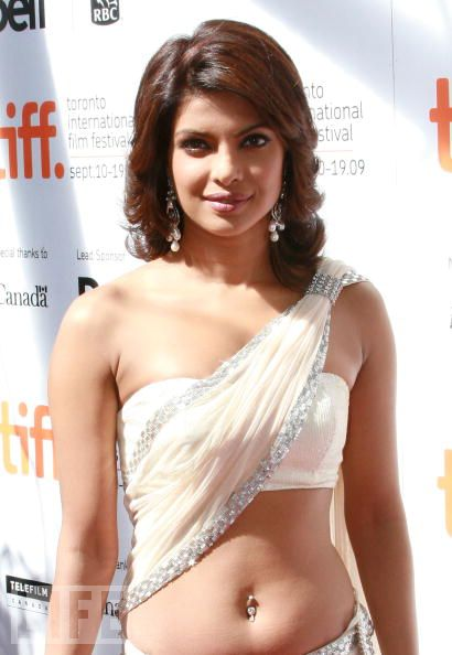 Priyanka Chopra Hot Navel Show, Priyanka Chopra, Priyanka chopra hot Photos, Priyanka chopra Nude,