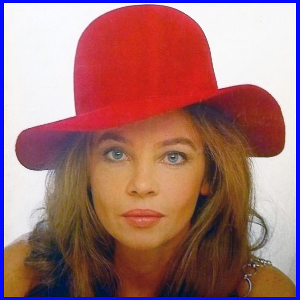 Hat Leslie Caron Posted by Tarkus at 0022