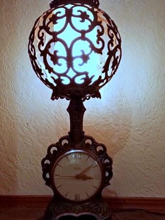 Antique Art Deco United Clock Corp Table Lamp Clock