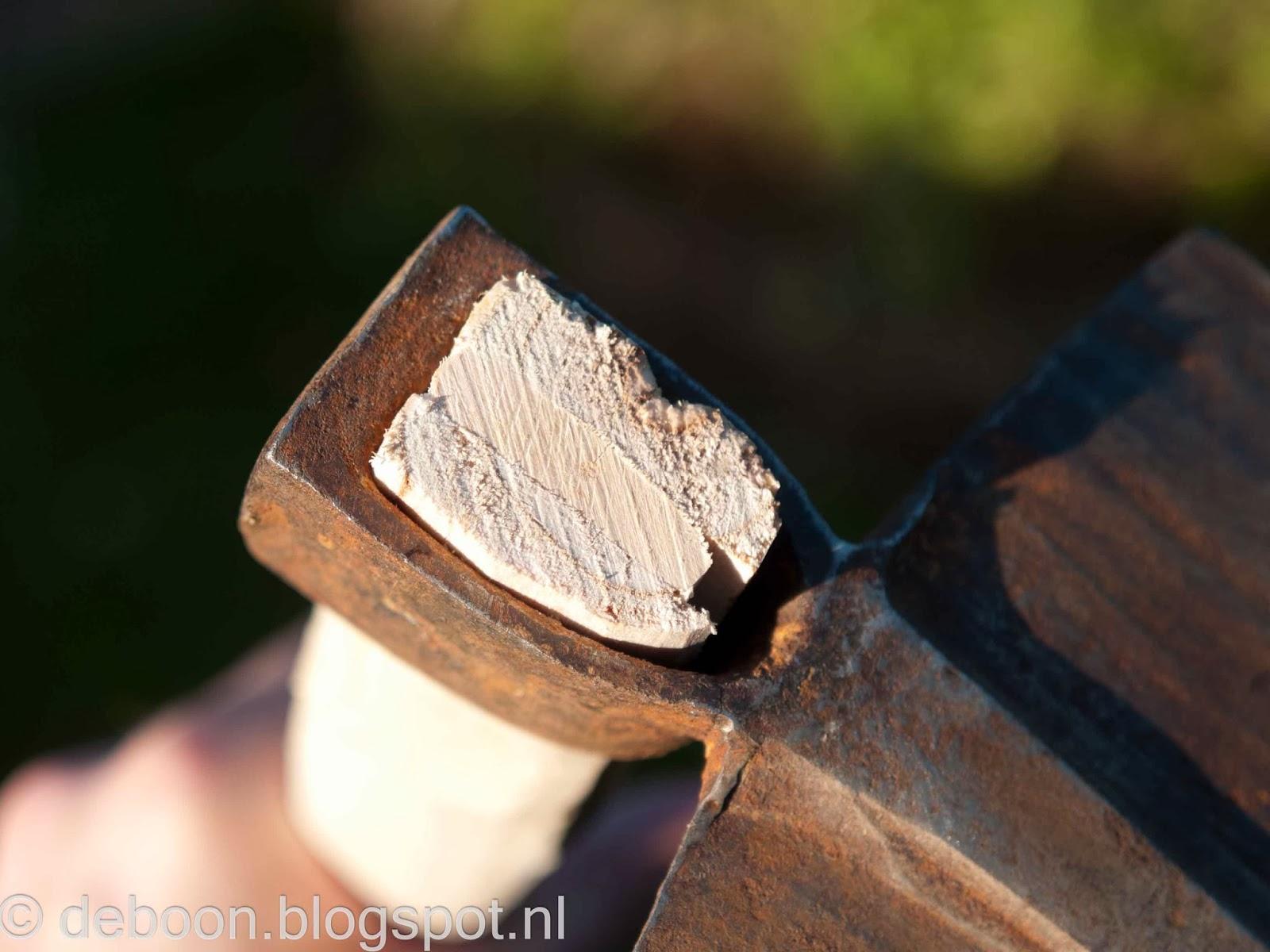 waarmee repareren ik gaten in hout