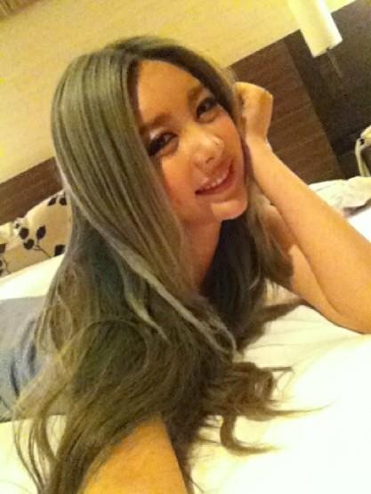 http://3.bp.blogspot.com/-xynhd-S7fBU/T-Kn95m9V0I/AAAAAAAAS9A/cnC9fZjPXGg/s1600/t-ara+qri+selca+pictures+(1).jpg