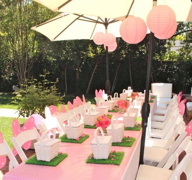 Colores para la mesa rosa verde y blanco for Fiestas comunion decoracion