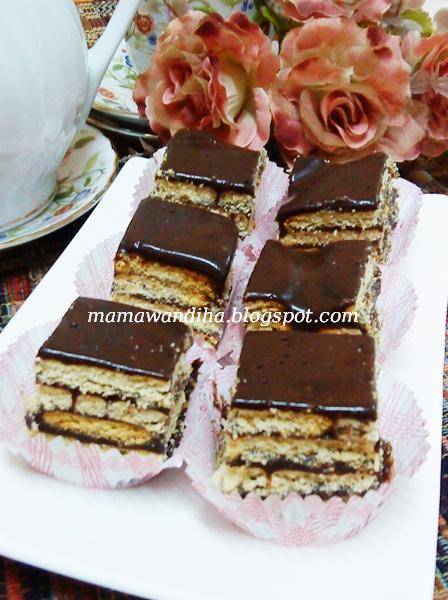 Dari Dapur MaDiHaA: Kek Batik Coklat