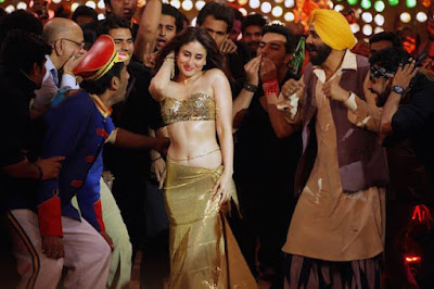 Kareena Kapoor Khan looking hot in Latest item song!