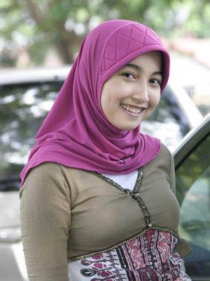 Girl Face Jilbab Nafsu