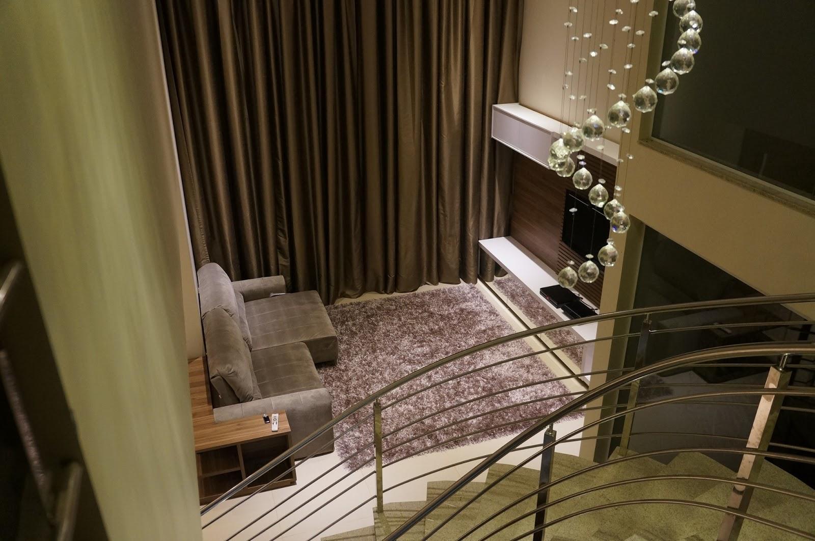 Construindo um Castelinho: Home planejado em sala de pé direito duplo #2A2012 1600x1062