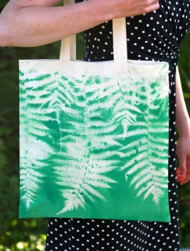 Diy Botanical Spray Paint T Shirt