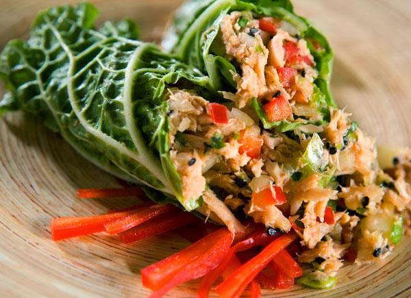Thai Tuna Salad Cabbage Wraps
