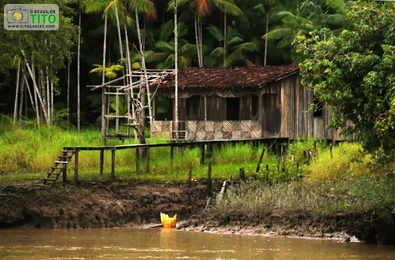Casa na ilha de Jutuba, em Belém - Pará.