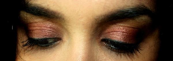 MAC Antiqued Eye Shadow EOTD