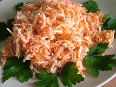 Surówka z selera i marchewki