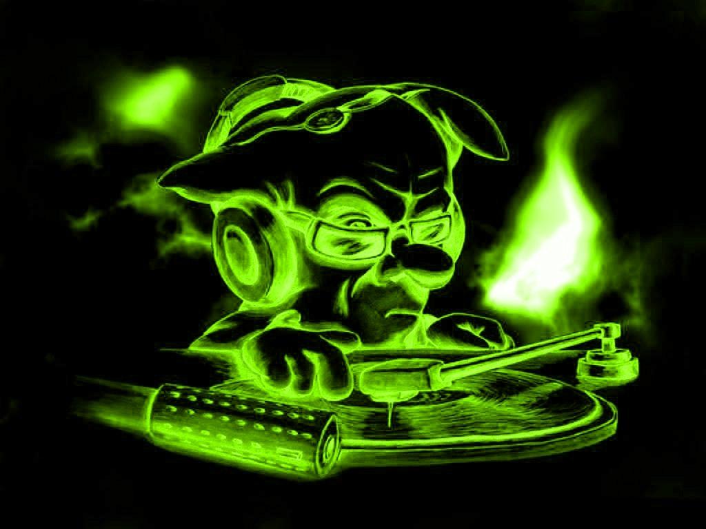 http://3.bp.blogspot.com/-xztBk8kLscg/TmkVSdPWewI/AAAAAAAAAHw/jD_v3BKyFp8/s1600/Green_DJ.jpg