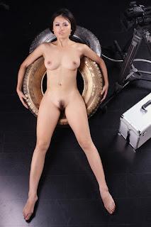 Nude Asian sex girl