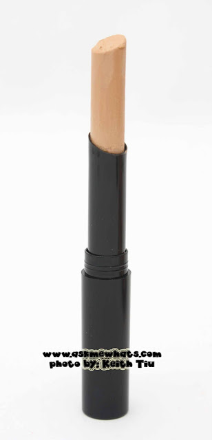 a photo of Avon Personal Match Concealer Stick Review