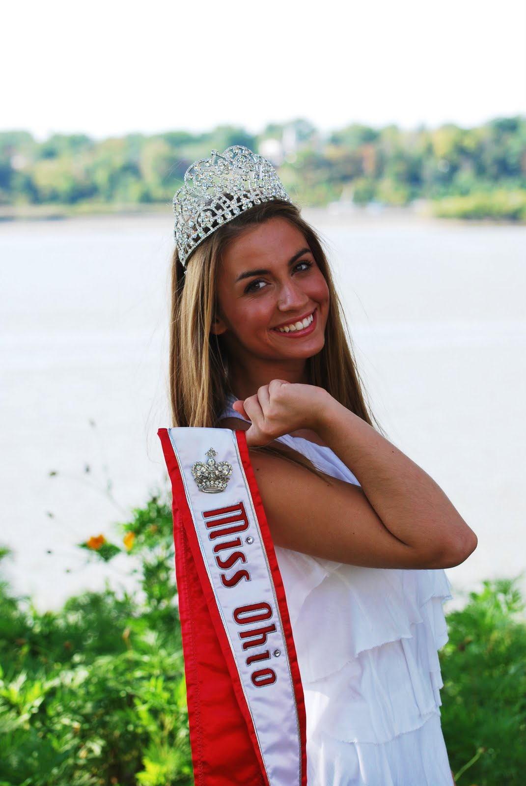 Sylvania woman crowned Miss Ohio - The Blade