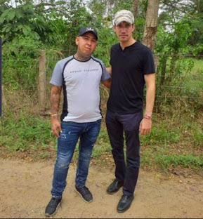 Filtran fotos de Juan Guaidó posando con narcoparamilitares en la frontera