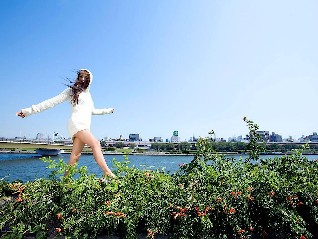 Actress Ayumi Uehara HD Wallpaper