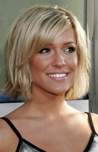 Glam Medium Hairstyles Ideas