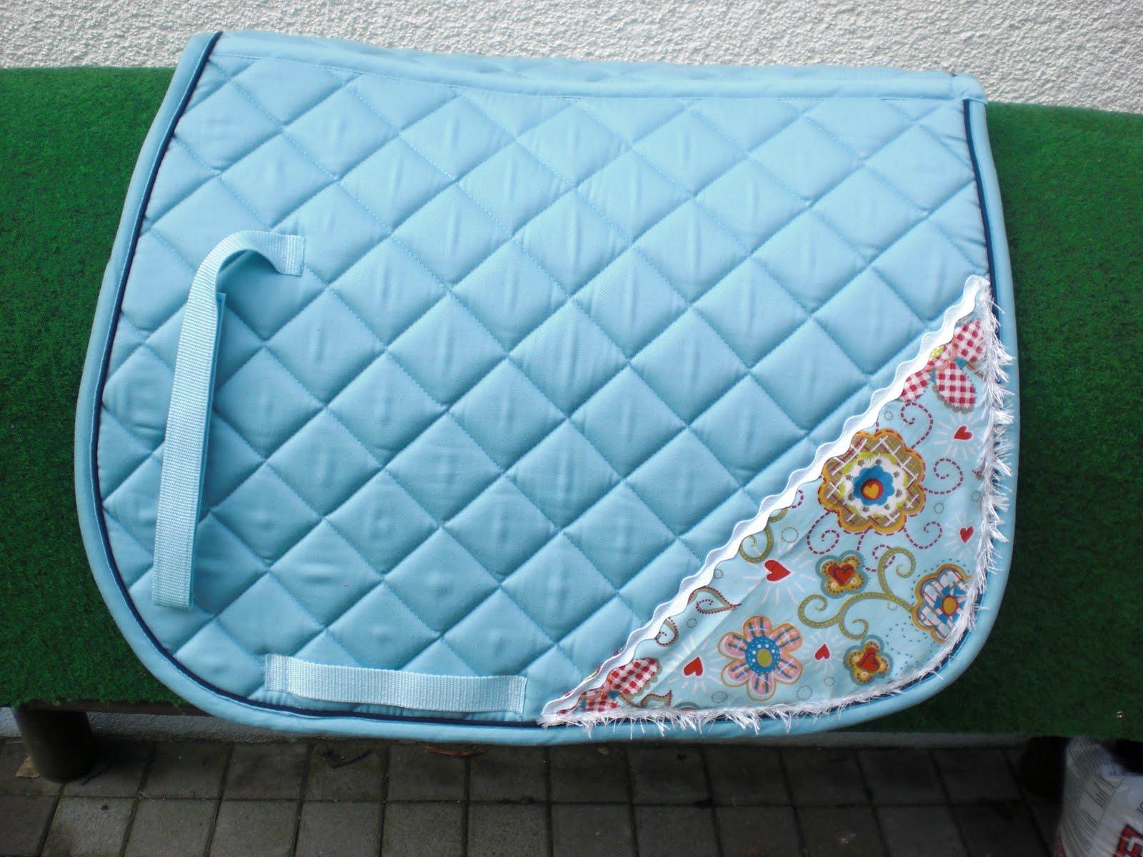 schnickschnack farbenfroh jp meets schabracke. Black Bedroom Furniture Sets. Home Design Ideas