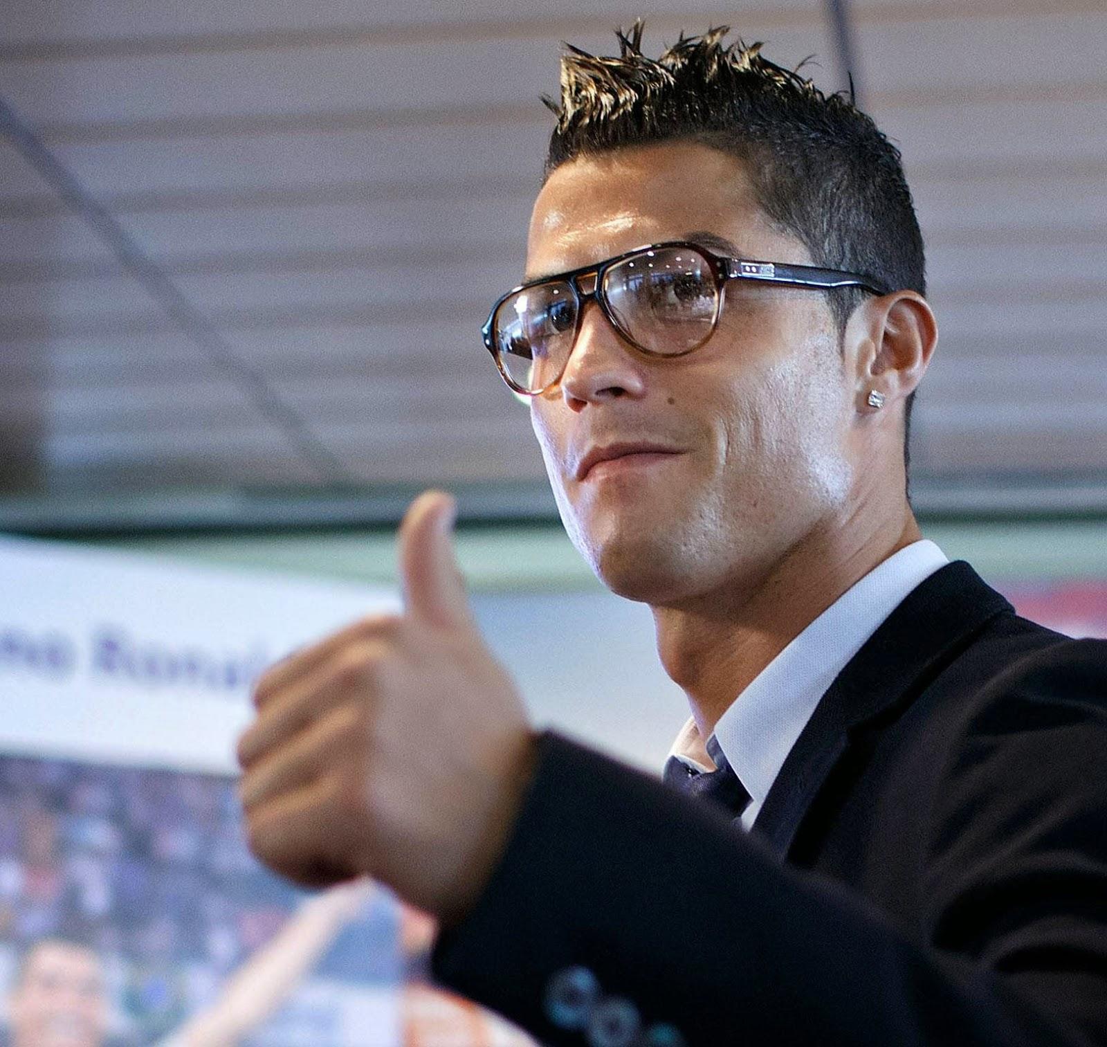 2014 02 cristiano ronaldo hair style image 2014 03 cristiano ronaldoCristiano Ronaldo Fashion Style 2014
