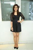 Rashi Kanna latest glam pics-thumbnail-17