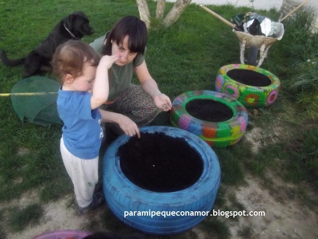 Para mi peque con amor jardineras con neum ticos les damos color - Jardineras con ruedas ...