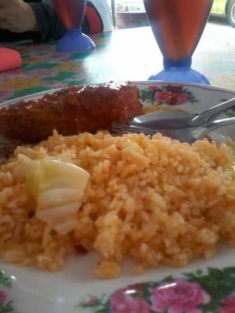 nasi goreng dengan sambal ikan