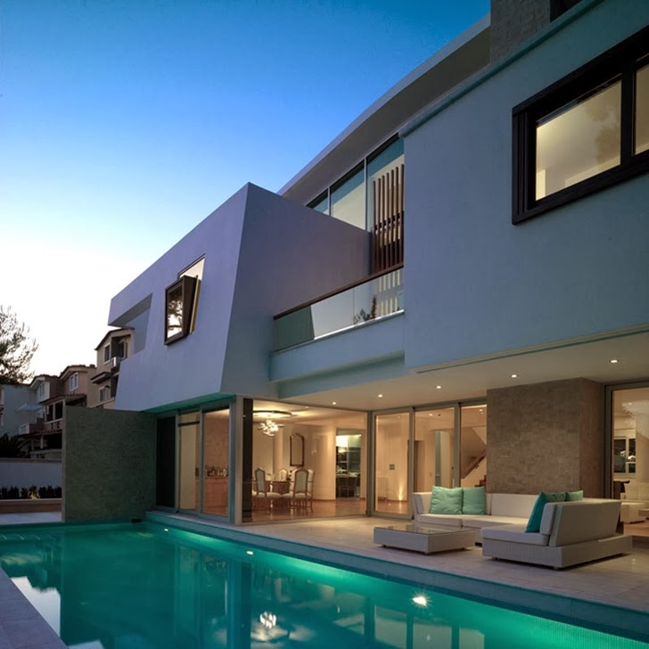 Swimming Pool in Kostala House by Thanos Athanasopoulos