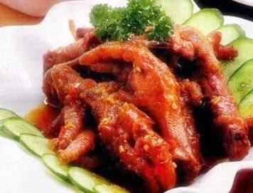 Cakar Ayam Bumbu Balado Pedas