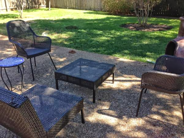 Thou shall craigslist monday october 21 2013 for Outdoor furniture austin