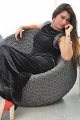 Farah khan glamorous photos-thumbnail-12