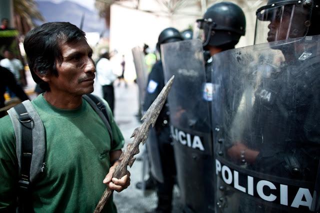 Indigenous Protests Grow as Ecuador Auctions Amazon Oil Blocks (Photos)