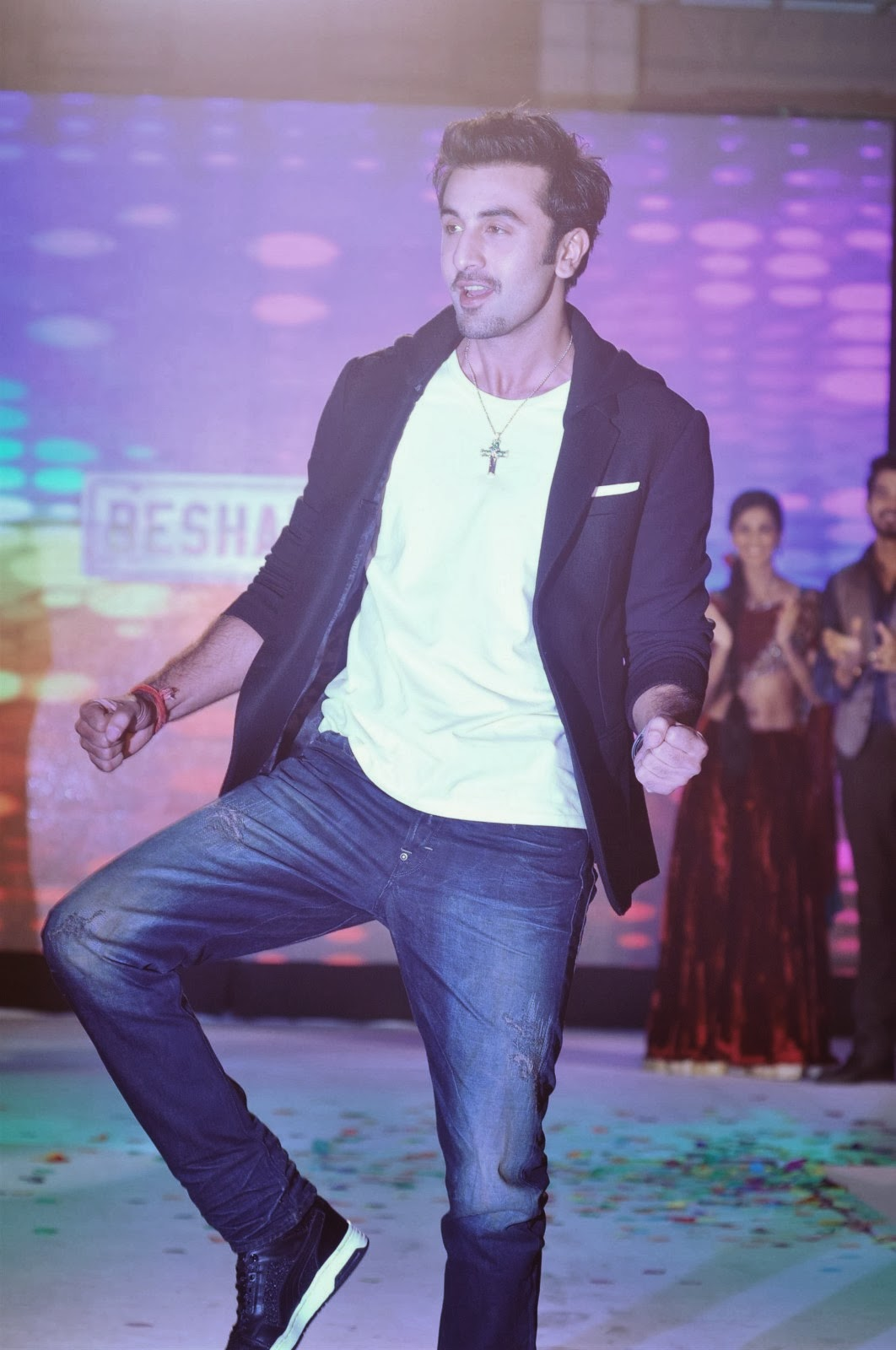 Ranbir Kapoor Unveils Besharam Movie Collection By Indigo ...