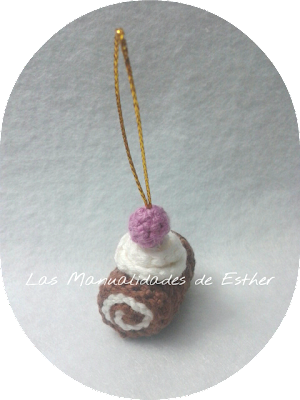 amigurumi pastelito colgante arbol de navidad