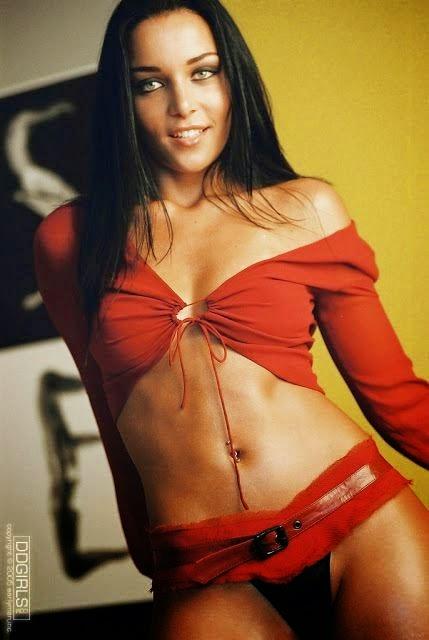 Fotos Nua » Assistente de palco gostosa do SBT pelada ...