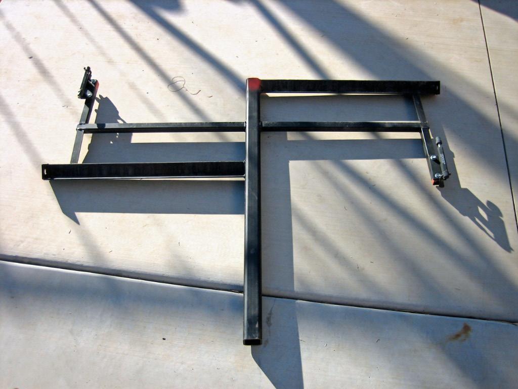 http://3.bp.blogspot.com/-y11hfyPQg14/TmfesPZmfqI/AAAAAAAAOPs/M5DYAE5ULL8/s1600/heavy+duty+bike+rack+2.jpg