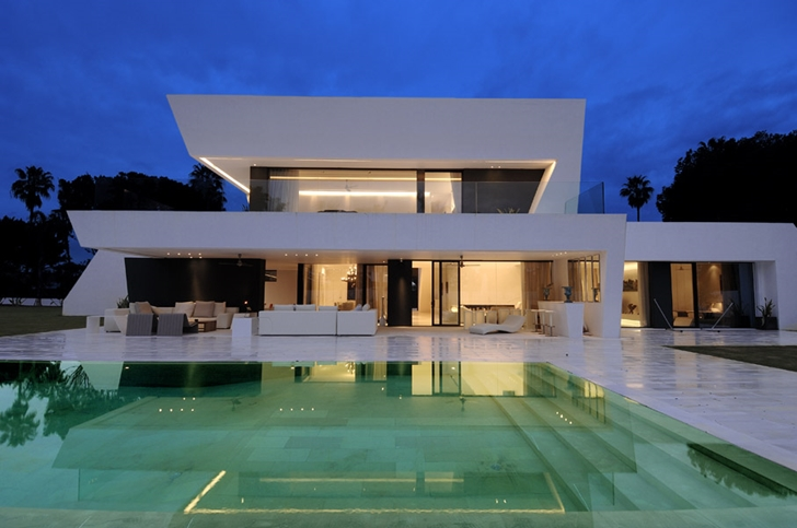 Architecture all in one amazing sotogrande house for Amazing house design architecture